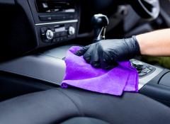 Como lavar o seu carro a seco em casa