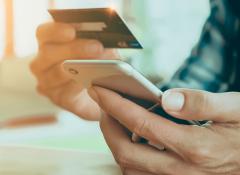 Quatro dicas para controlar os gastos no cartão de crédito.